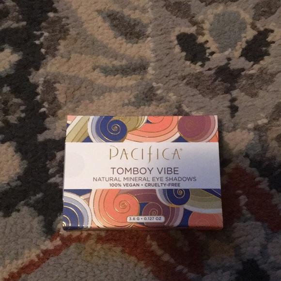 Pacifica Tomboy Vibe Eye Shadow Pallete NWT